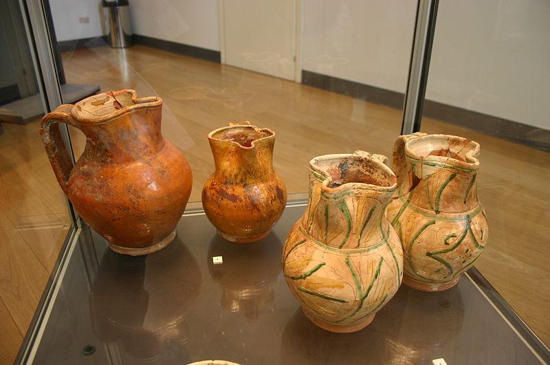 File:4122 - Milano - Antiquarium - Boccali del sec. XV-XVI - Foto Giovanni Dall'Orto - 14-July-2007.jpg