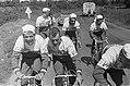51ste Tour de France 1964 Televizierploeg tijdens training, Bestanddeelnr 916-5803.jpg