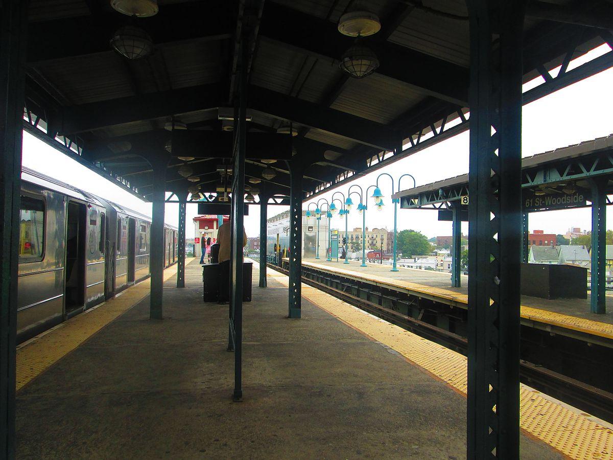 City Line Avenue >> 61st Street–Woodside station - Wikipedia