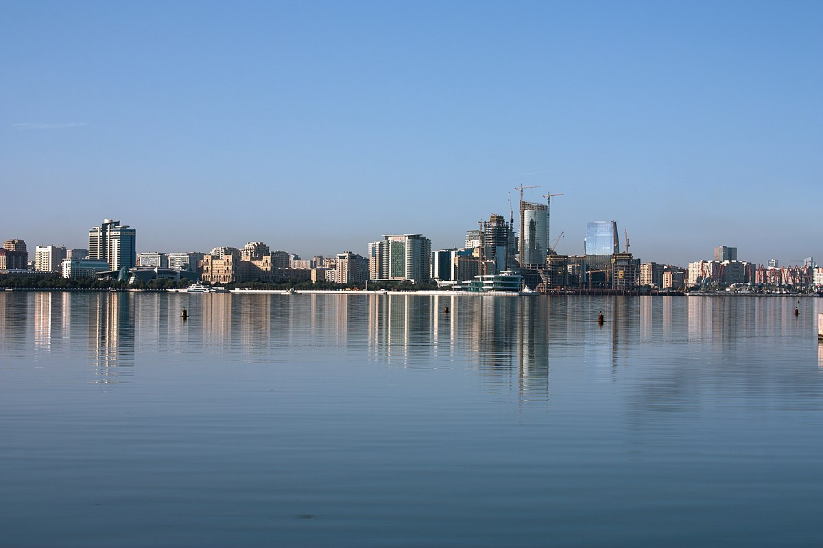 A view of the Baku bay, Azerbaijan.jpg