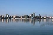 A view of the Baku bay, Azerbaijan.jpg