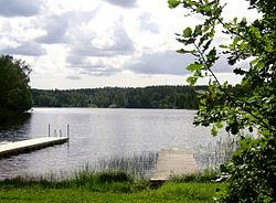 En af søen Ådrans badesteder.