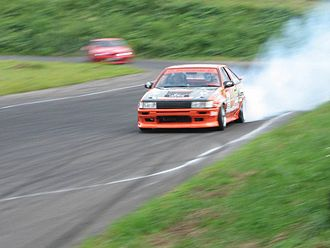 D1 Grand Prix - A Toyota Corolla Levin AE86 adorning an official D1GP sunvisor during a practice run