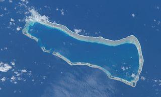 Ailinginae Atoll atoll