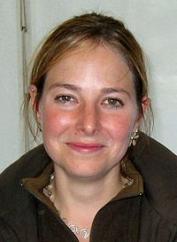 Alice Roberts -West Hanney, Oxfordshire, England -archaeology rally-11Sept2010-2.jpg