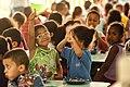 Alimentação na escola (16237435876).jpg