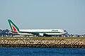 Alitalia Boeing 767-300ER EI-CRF.jpg
