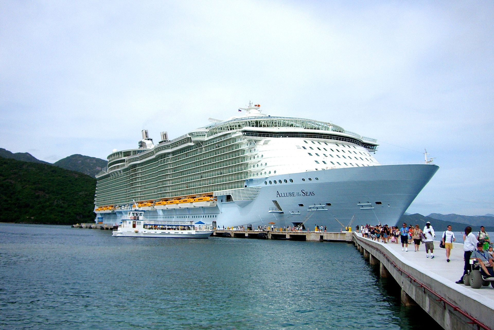 Oasis of the Seas  Wikipedia