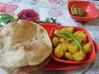 Kumauni cuisine - Aloo puri