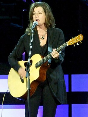 Amy Grant October 2008 cropped.jpg