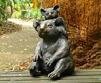 Amy and Oliver the bronze koalas (by artist Glenys Lindsay)