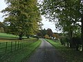 Approaching the church - geograph.org.uk - 1551104.jpg