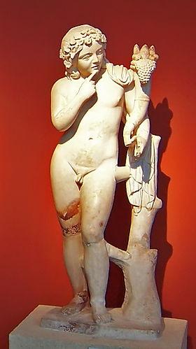 Statue d'Harpocrate.