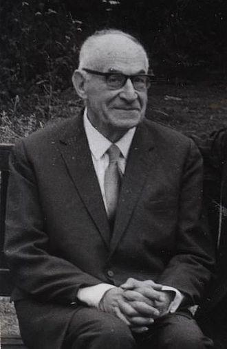 Arthur Lehman Goodhart - Arthur Goodhart in the Master's Garden at University College, Oxford