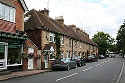 Artisans' cottages, High Street, Eynsford, Kent - geograph.org.uk - 516443.jpg