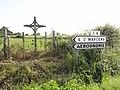 Assé-le-Riboul (Sarthe) croix D5-C6.jpg