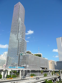 Miami Tower in Downtown Miami