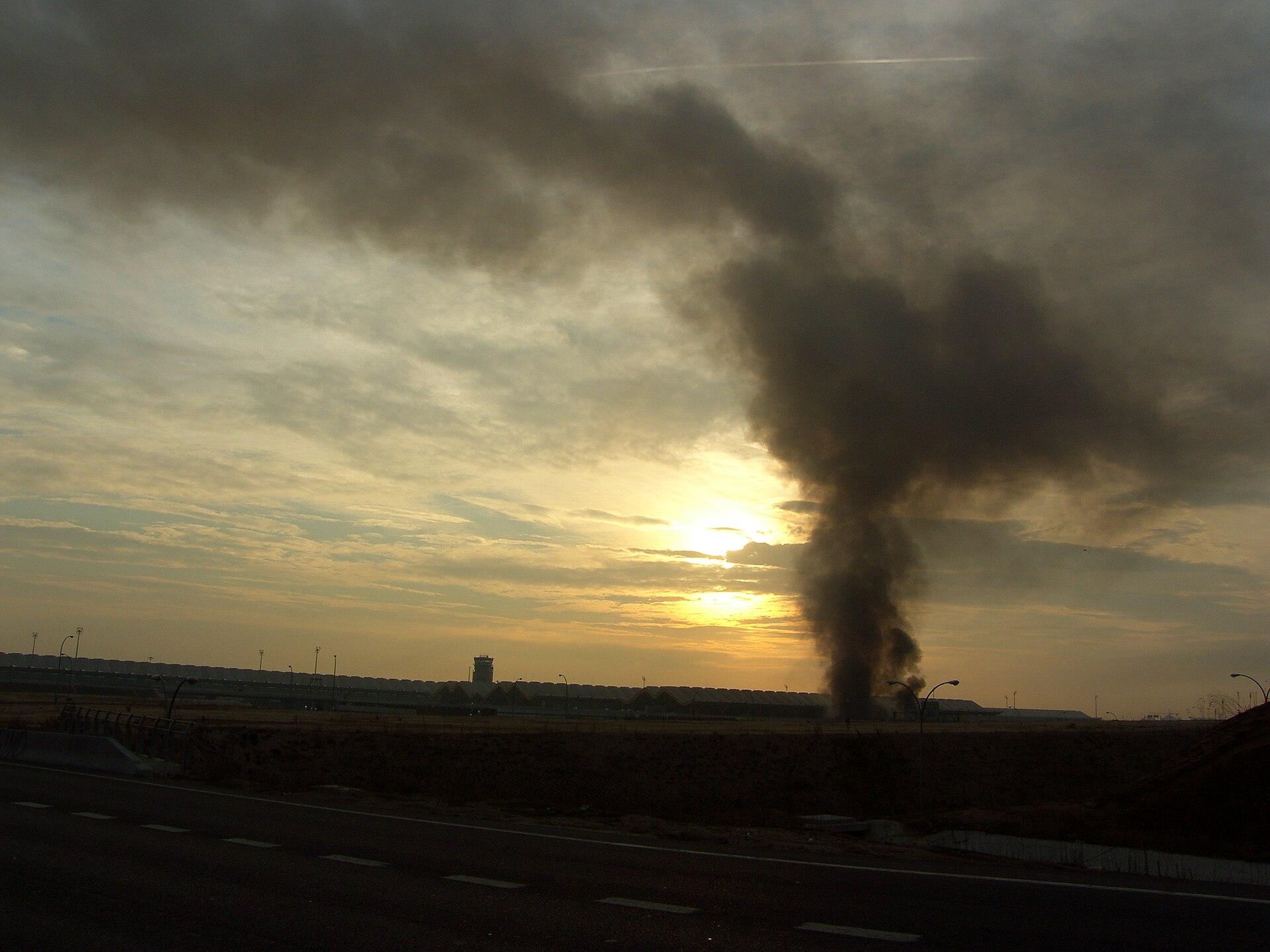 Terrorist Attacks Wikipedia: 2006 Madrid–Barajas Airport Bombing
