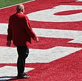 Barry Alvarez Walking 2014.jpg