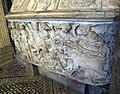 Battistero di firenze, sarcofago 04.JPG