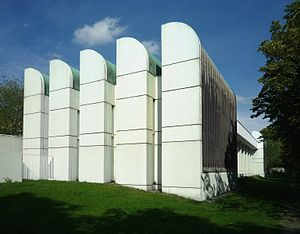 Bauhaus Archive - Bauhaus-Archiv, view from south west