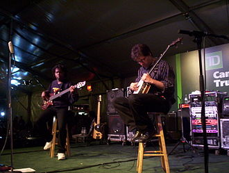 Béla Fleck - Fleck (right) with Victor Wooten