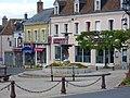 Bellegarde - fontaine place Charles-Desvergnes.jpg