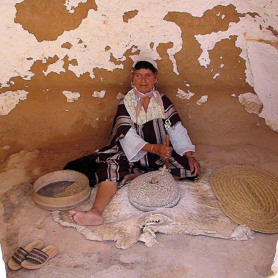 Berber woman in Tunisian desert
