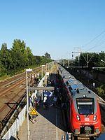 Berlin - Karlshorst - S- und Regionalbahnhof (9498415156).jpg