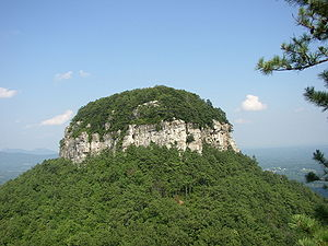 The distinctive Big Pinnacle of Pilot Mountain