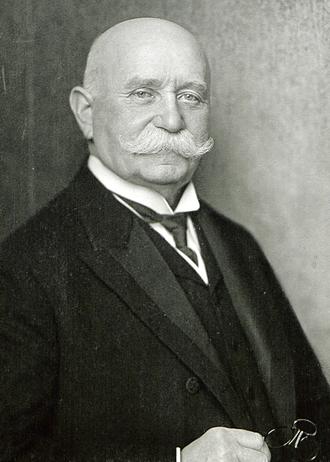 Ferdinand von Zeppelin - Count Ferdinand von Zeppelin (1917)