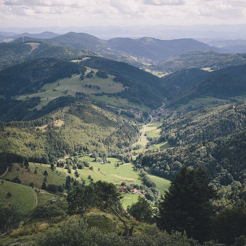 Blick vom Belchen (15092104395) (cropped)