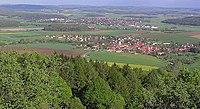Blick vom Hesselberg auf Röckingen und Wassertrüdingen.jpg