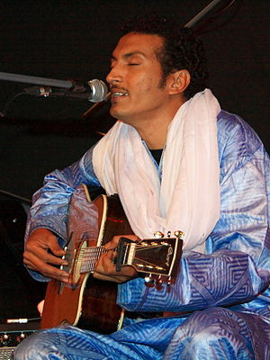 Bombino (musician) - Bombino performing at the Kult in Niederstetten
