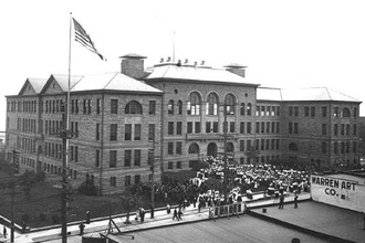 Seattle Central College - Broadway High School pictured in 1909. Much of the former school's main building was demolished in the 1970s; a portion was rebuilt as Seattle Central College's Broadway Performance Hall.