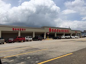 Brookshire Grocery Company - Brookshire's grocery store in Overton, Texas