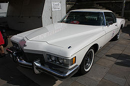 Buick Riviera GS Front.jpg