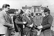 Bundesarchiv Bild 183-1988-0413-032, LPG Beeskow, Besuch durch Werner Felfe
