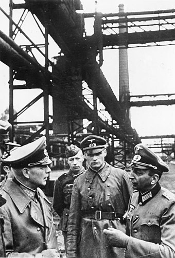 General Ewald von Kleist (left), commander of the 1st Panzer Group, inspects a large iron works facility in Ukraine, 1941 Bundesarchiv Bild 183-2005-1017-521, Ostfront, -Generaloberst von Kleist besichtigt ein Huttenwerk in der Ukraine.jpg