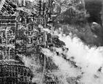 Bundesarchiv Bild 183-B22176, Russland, Kampf um Stalingrad, Luftangriff.jpg