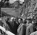 Bundesarchiv Bild 183-C0609-0048-001, Sowjetunion, Honecker besichtigt Wasserkraftwerk.jpg