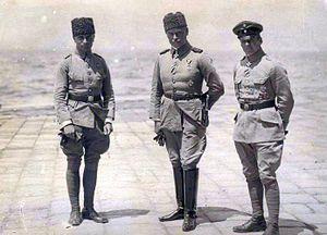 Otto Liman von Sanders - Otto Liman von Sanders, Hans-Joachim Buddecke, and Oswald Boelcke in Turkey, 1916
