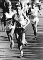 Bundesarchiv Bild 183-W0503-042, Karl-Marx-Stadt, Internationaler Marathonlauf.jpg