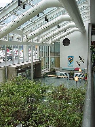 C. D. Howe Building - Image: C.D. Howe Building, Ottawa (indoor atrium 20 August 2004)