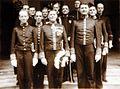 COLLECTIE TROPENMUSEUM Groepsportret tijdens Koninginnedag in Jogjakarta met gouverneur P.R.W. van Gesseler Verschuir en andere ambtenaren in groot tenue TMnr 60054277.jpg