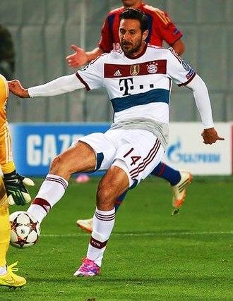 Claudio Pizarro - Pizarro with Bayern in 2014.