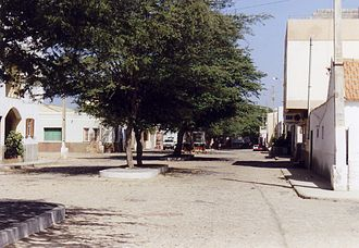 Espargos - One of the streets of Espargos