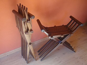 Curule seat - Medieval folding chairs, folded and unfolded (apparently Spanish, reconstruction).