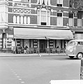 Café De Bosboom in de Bosboom-Toussaintsstraat te Amsterdam. Consultatieadres va, Bestanddeelnr 934-5922.jpg
