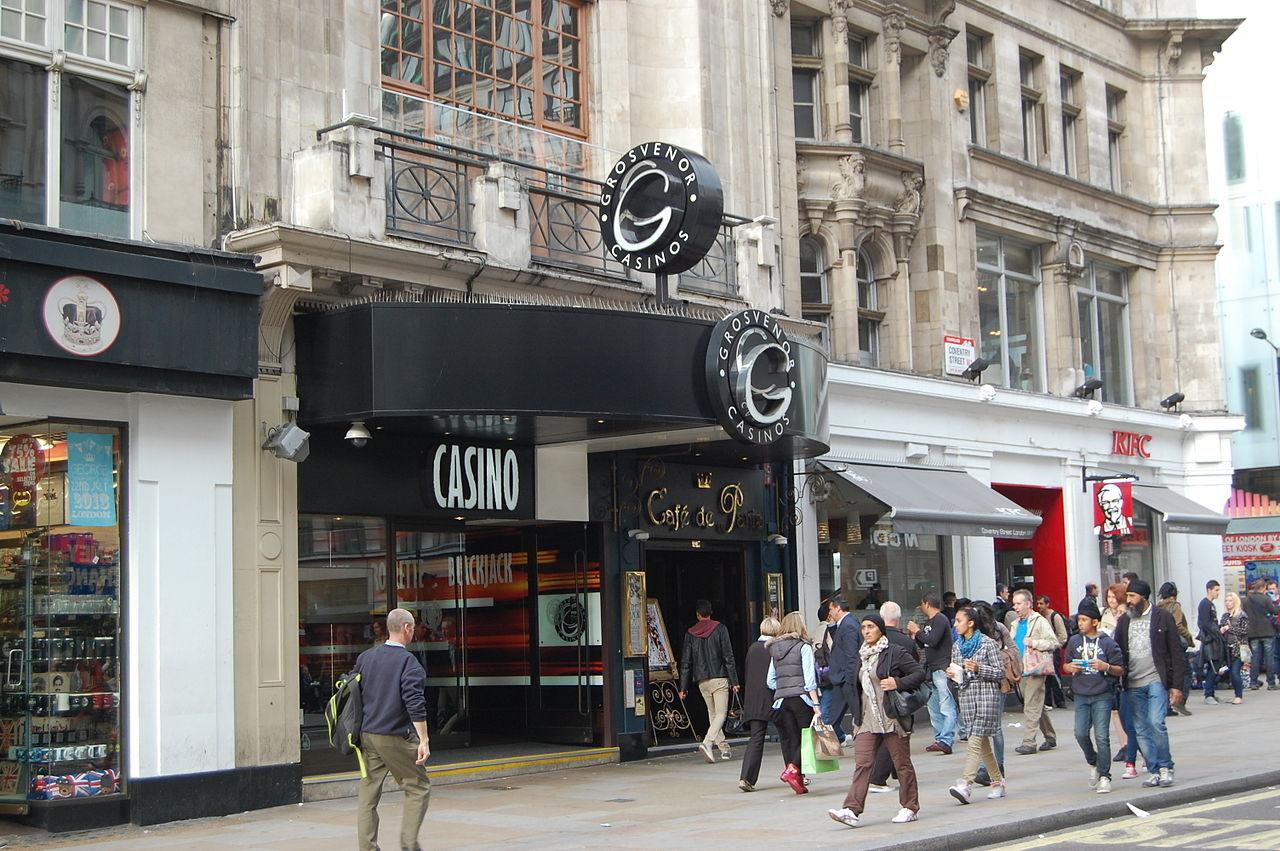Paris London Caf Ef Bf Bd Esparron De Verdon